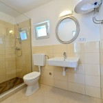 5Bathroom (Small)