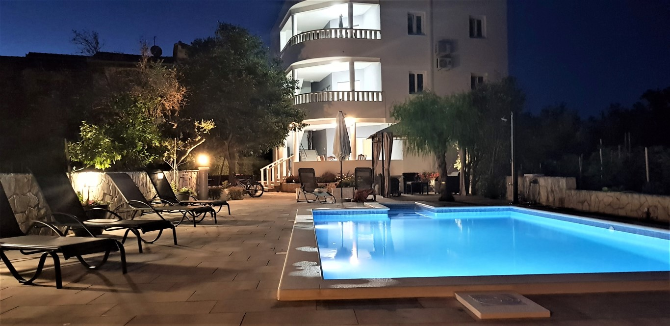 Apartments BOZINKO (1)