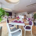 Restaurant (Small)