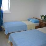 Prvi kat -soba s dva kreveta