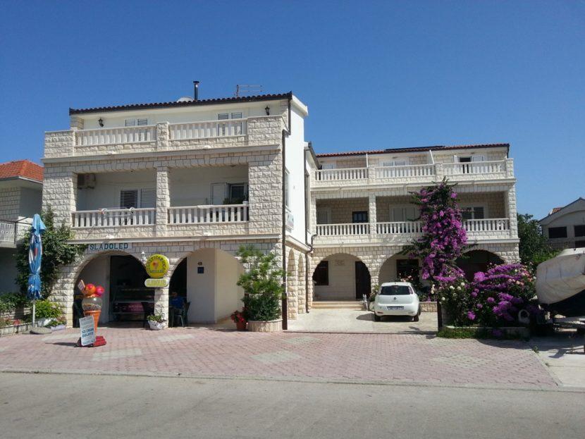 Apartmani Goleš (1)